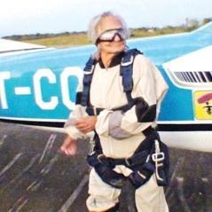 womanparachute3
