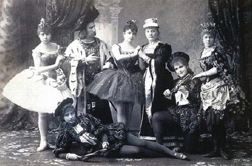Uyuyan Guzel Balesi'nin ilk kadrosu, Saint Petersburg, 1890